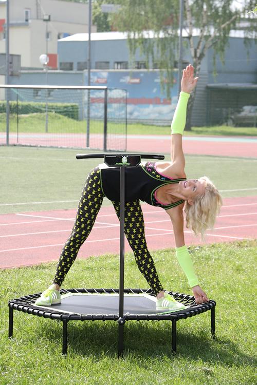 strečing po cvičení na trampolíně
