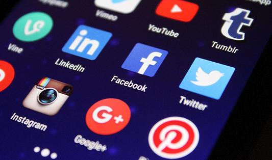 ako uspieť na sociálnej sieti